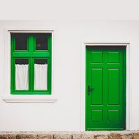 green door and window - 2016-05-26-hrexaminer-sumser-article-if-recruiting-had-an-answer-img-cc0-via-pexels-photo-by-buzac-marius