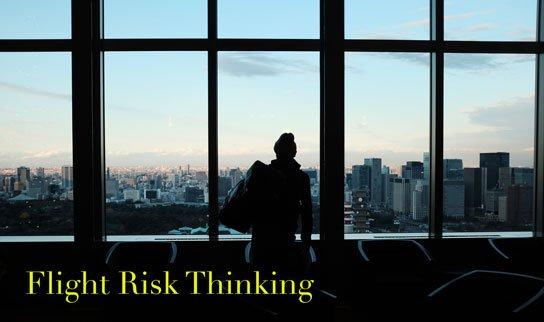 2019-10-18-hrexaminer-article-john-sumser-flight-risk-thinking-photo-img-cc0-via-unsplash-by-alex-knight-5FCE7xTc5uo-544x322px.jpg